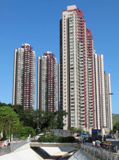 1200px-YOHO_Town_Phase_1_2011[1].jpg