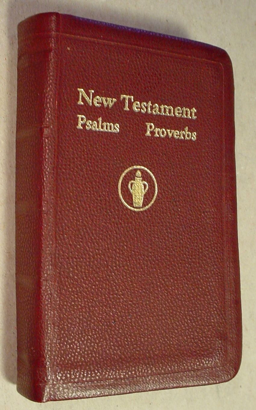 new-testament-psalms-kjv-thomas-nelson-vest-pocket-bound-book-gideons-national-0be10e7503f62a9003c7fb6867e51e4c[1].jpg