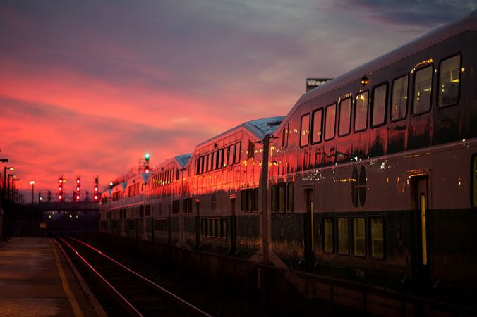 800px-GO_Train_sunset[1].jpg